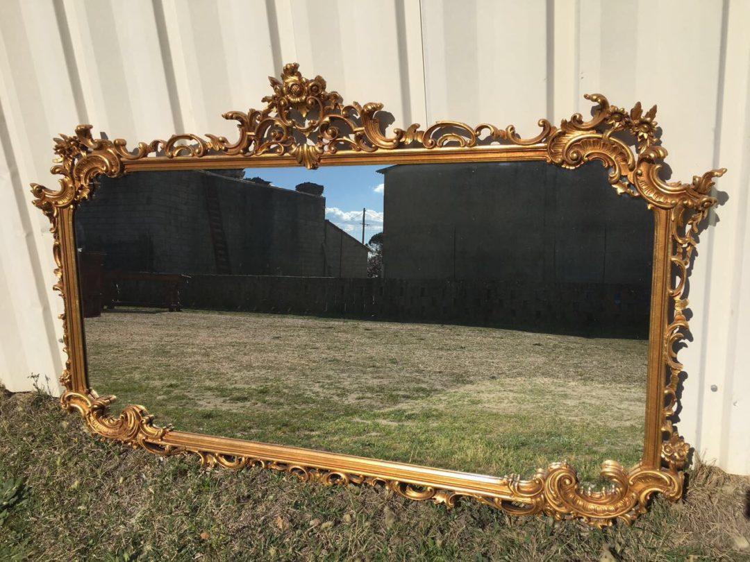 Винтажное деревянное зеркало в позолоте в стиле Барокко 190327004