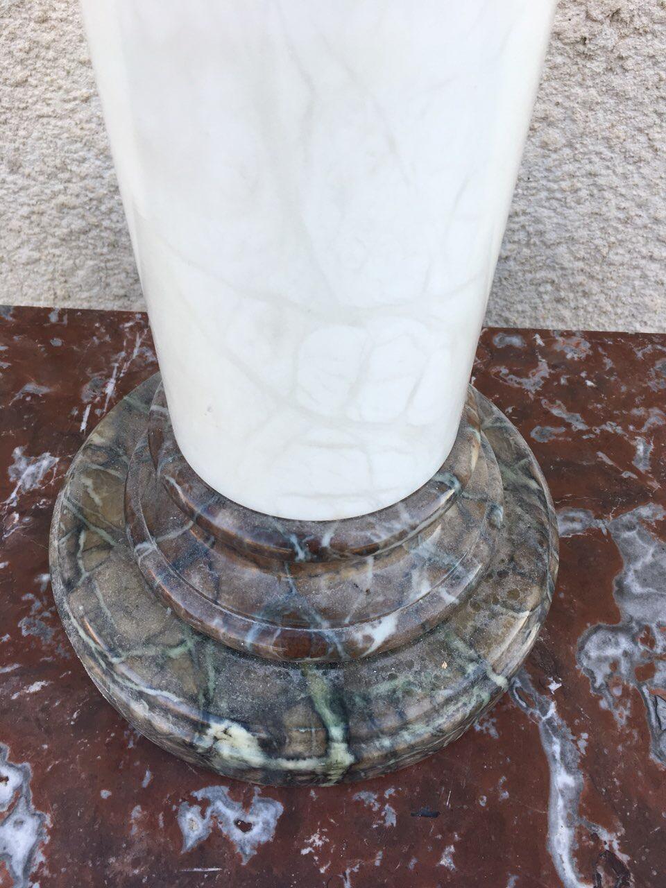 Винтажная мраморная колона со встроенным светильником 180418004