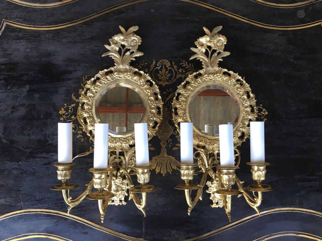 Антикварная пара бронзовых бра с зеркалом 180830004У