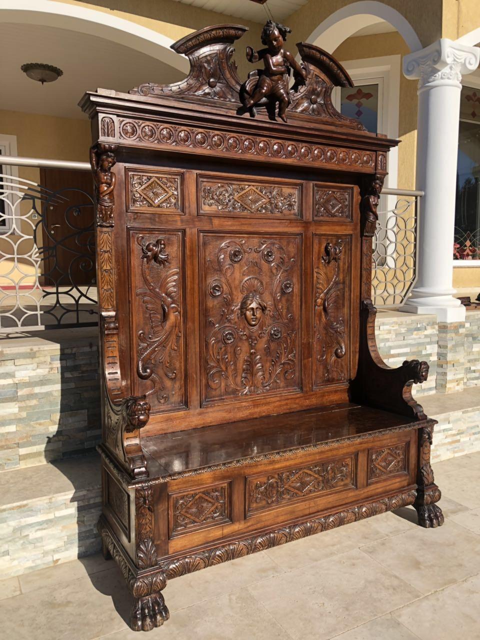 Антикварная скамья  в стиле Ренессанс 190314