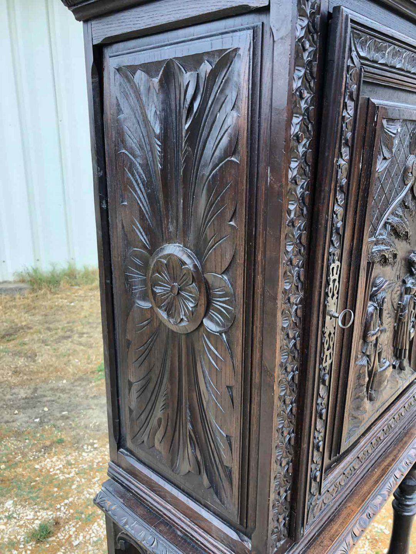 Антикварный дубовый шкафчик в стиле Бретон 190923005