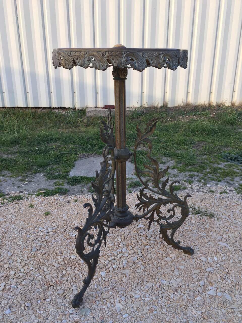 Антикварный бронзовый столик с мраморной столешницей 180331004