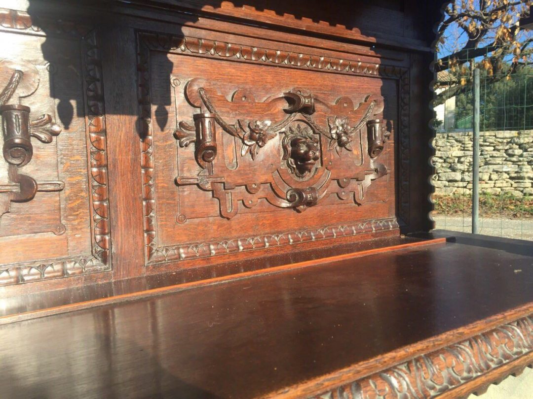 Антикварный буфет в стиле Ренессанс 15140001