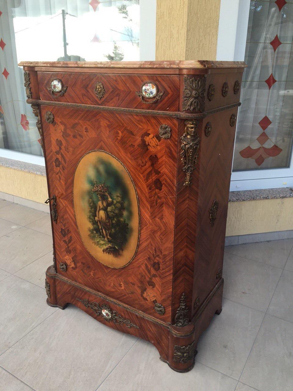 Антикварный комод в стиле Ренесанс 160307007