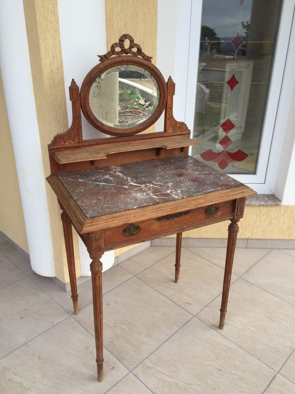Антикварный туалетный столик в стиле Луи XVI 20160110001