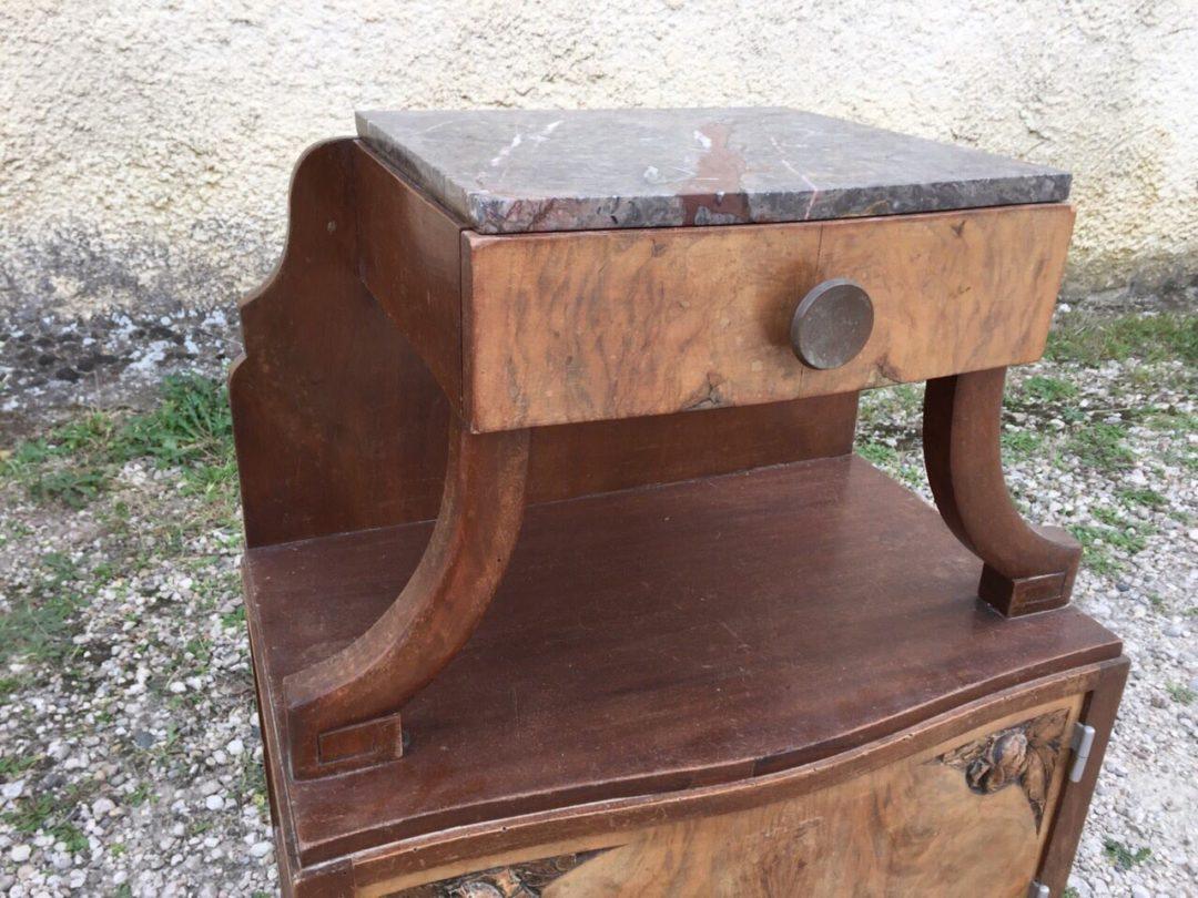 Старинная тумбочка в стиле Арт-Деко