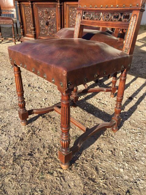 Антикварный гарнитур: стол и 8 стульев в стиле Ренессанс 1710240001