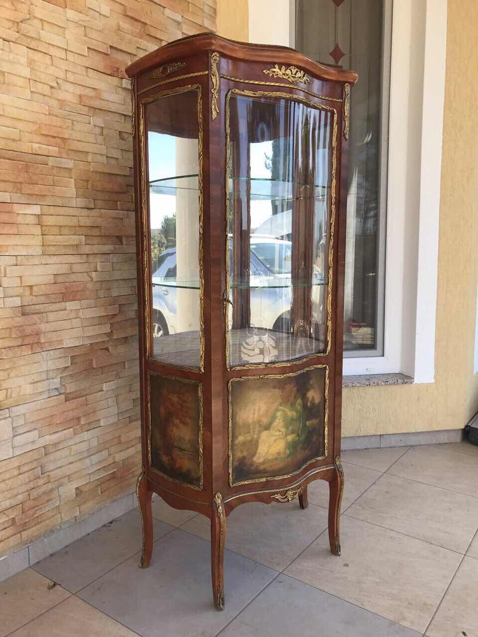 Стартнная витрина с элементами бронзы и розписью 201709006