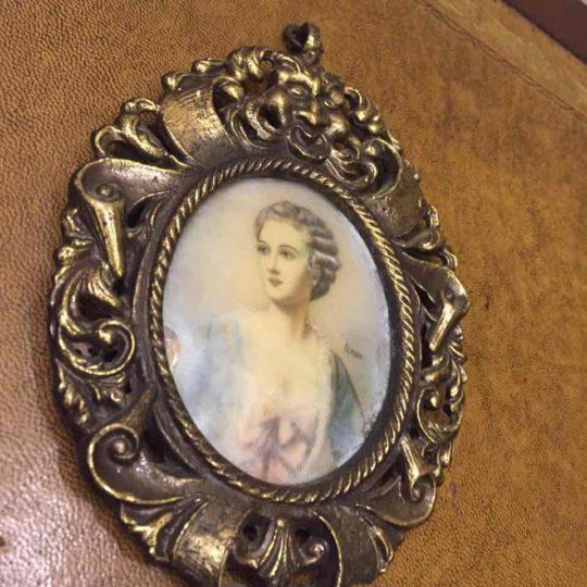 Антикварная миниатюра в бронзовой рамке 171114080У