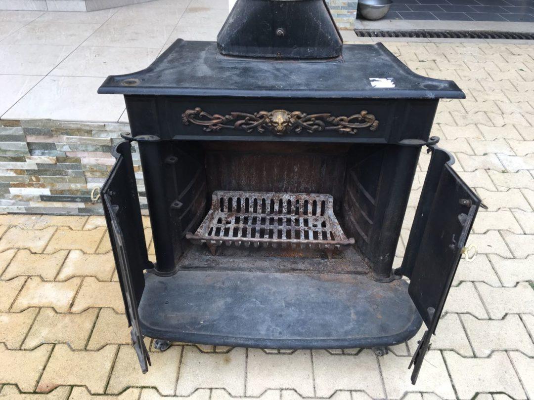 Антикварная чугунная печь 180124005