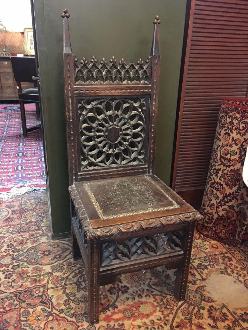 Антикварная мебель: 4 антикварных стула в стиле Готика 180105004