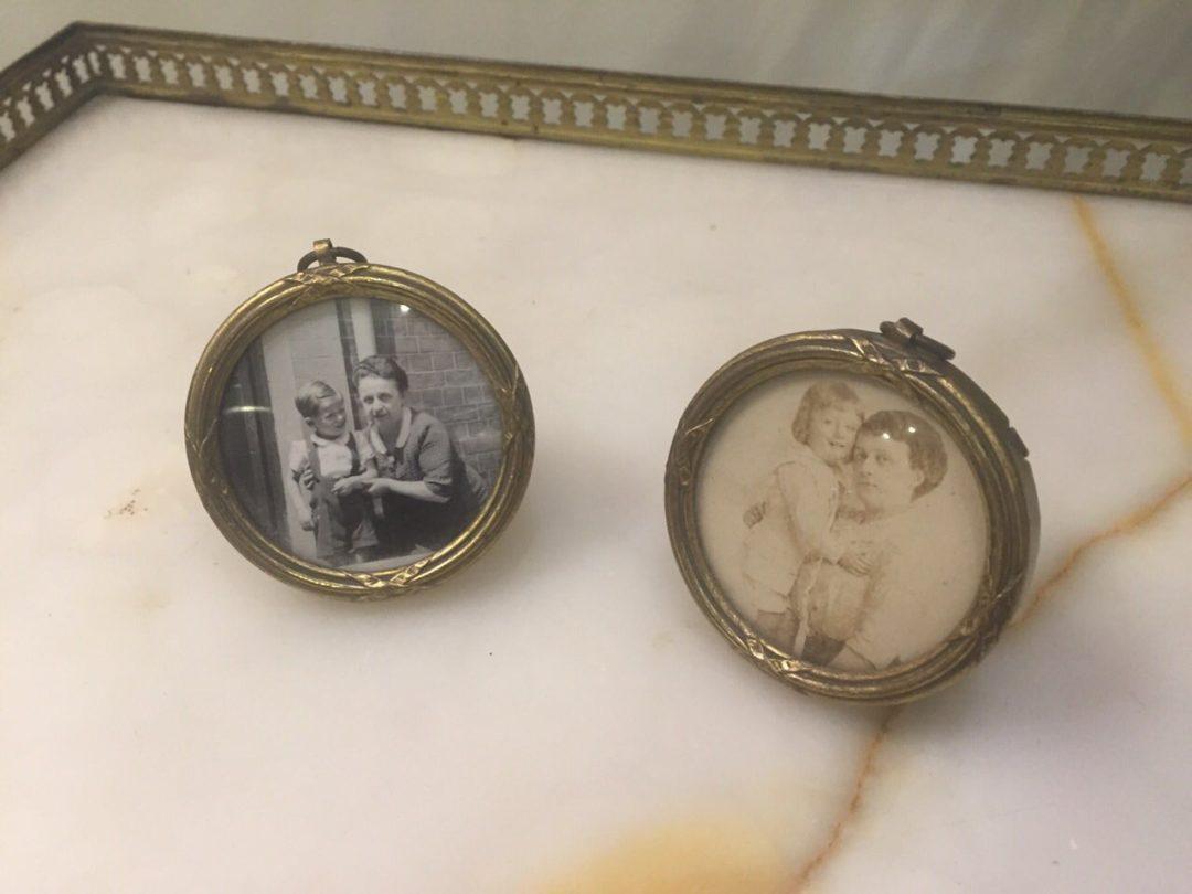 Антикварные бронзовые рамки для фотографий