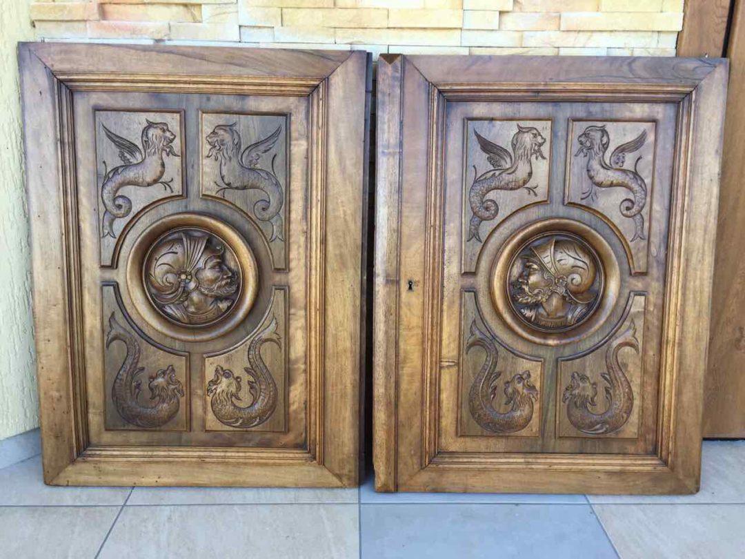 Антикварная пара резных дверц 20170606