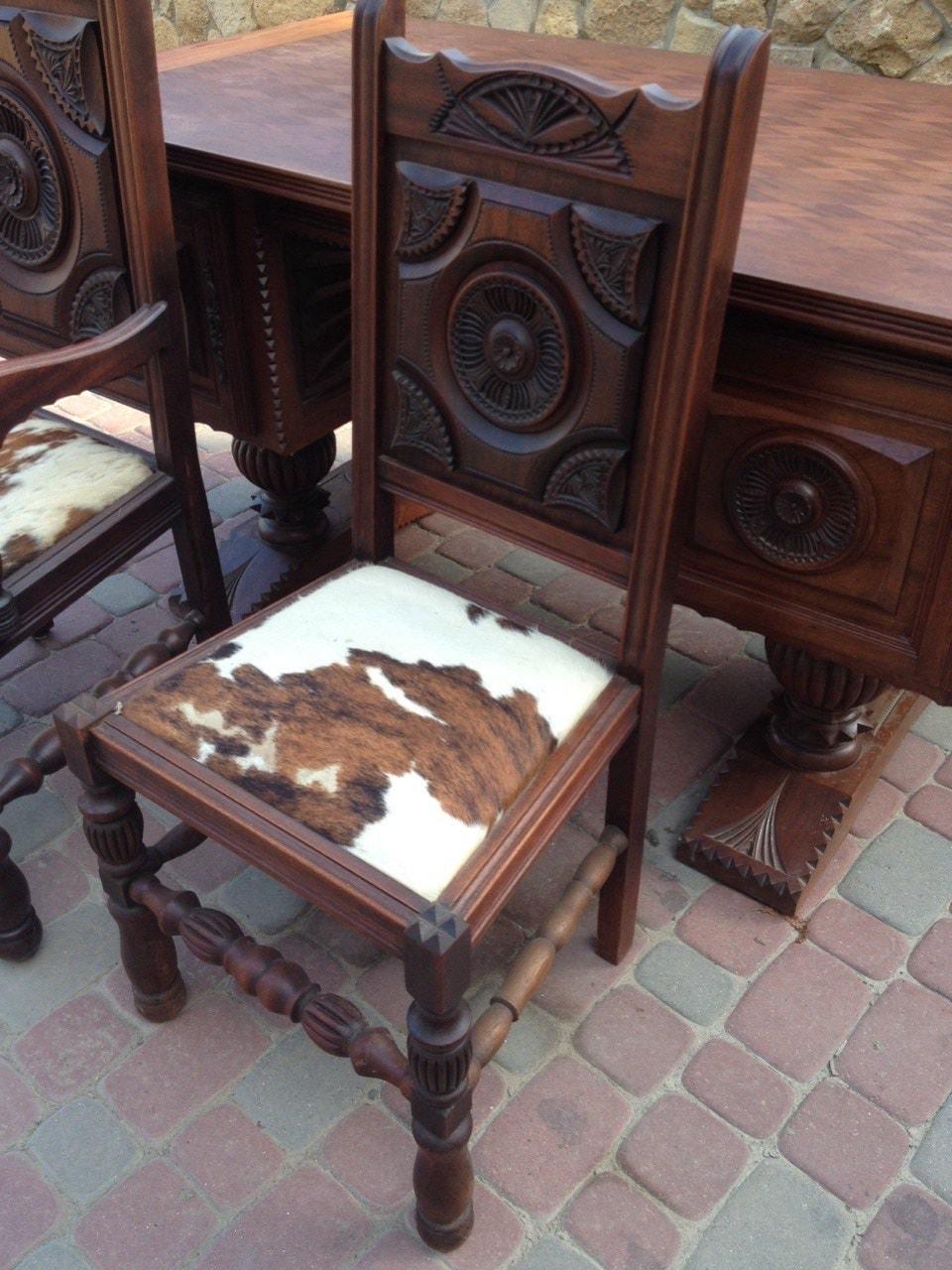 Старинные кабинетные кресла