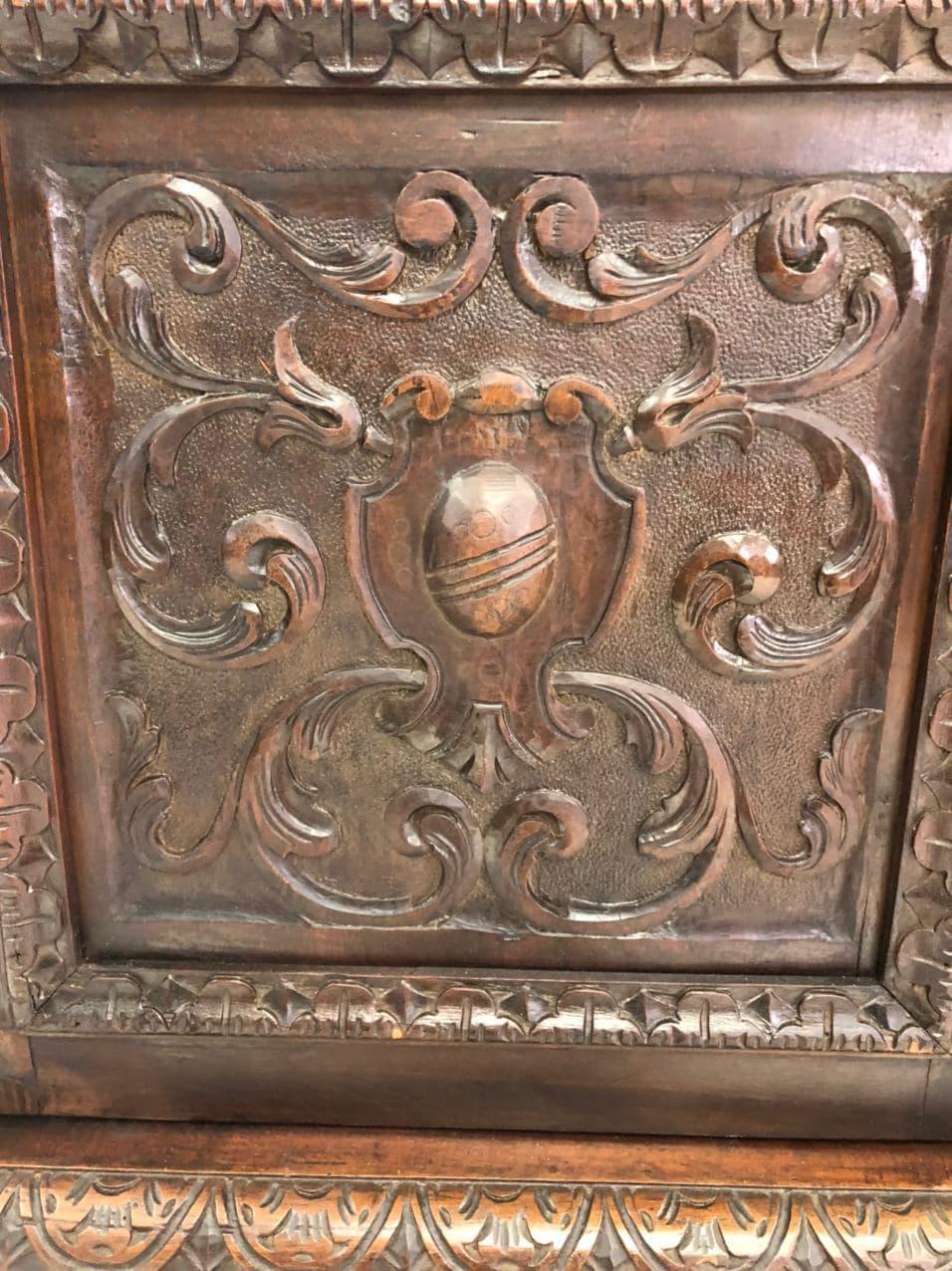 Антикварная ореховая библиотека с витражами 191214006У