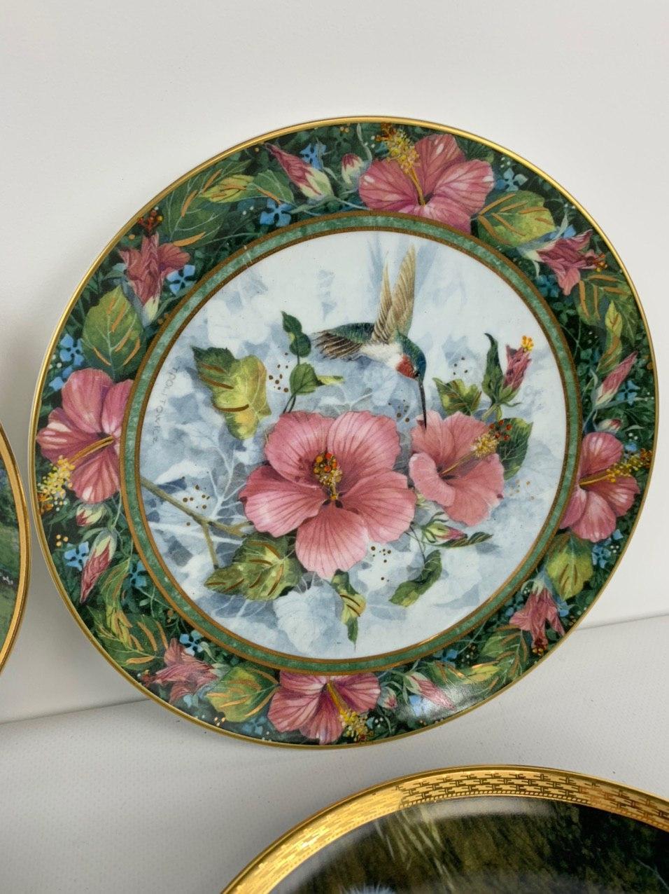 Винтажные расписные тарелки