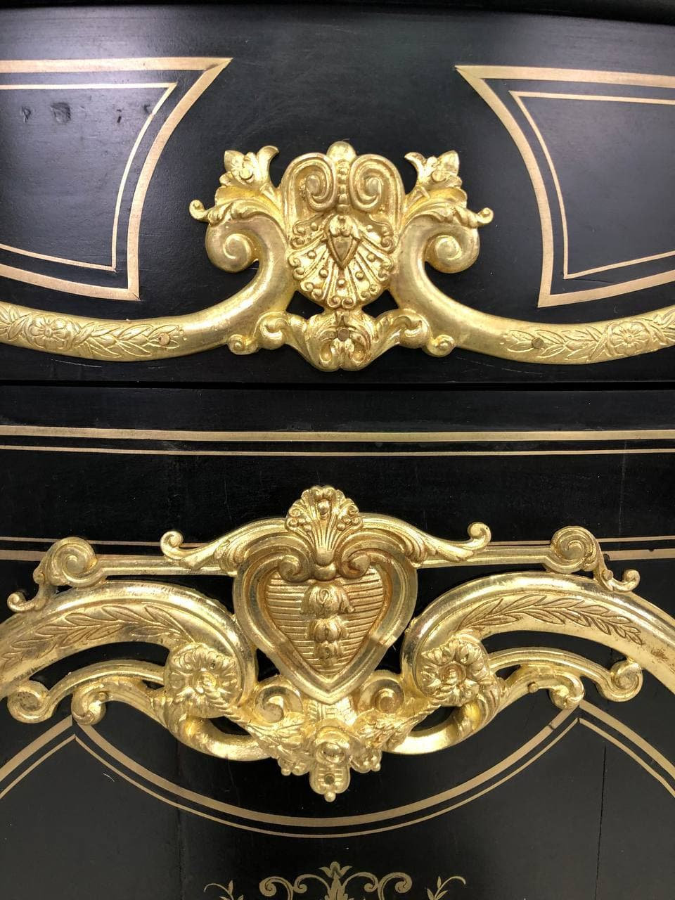 Антикварный комод эпохи Наполеона ІІІ