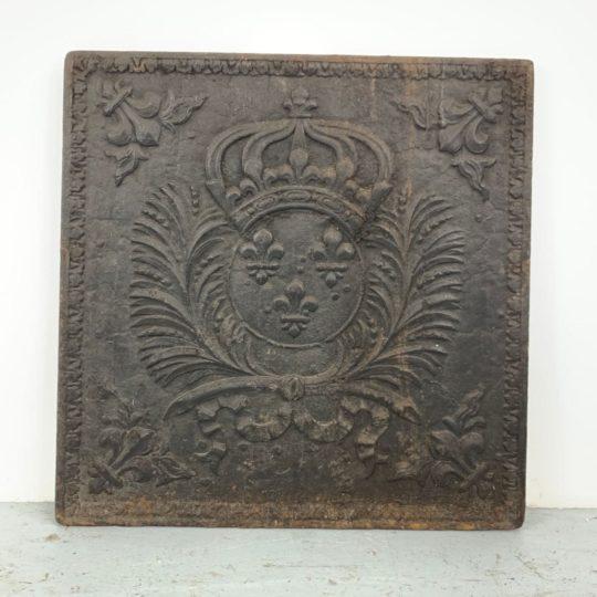 Антикварная каминная плита из чугуна