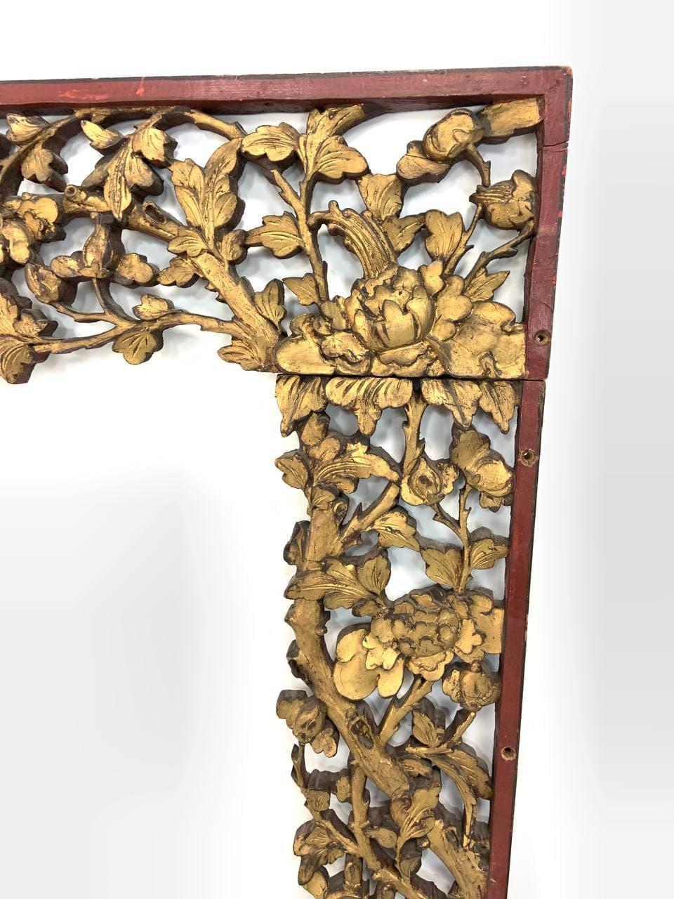 Антикварное резное обрамление в стиле Шинуазри