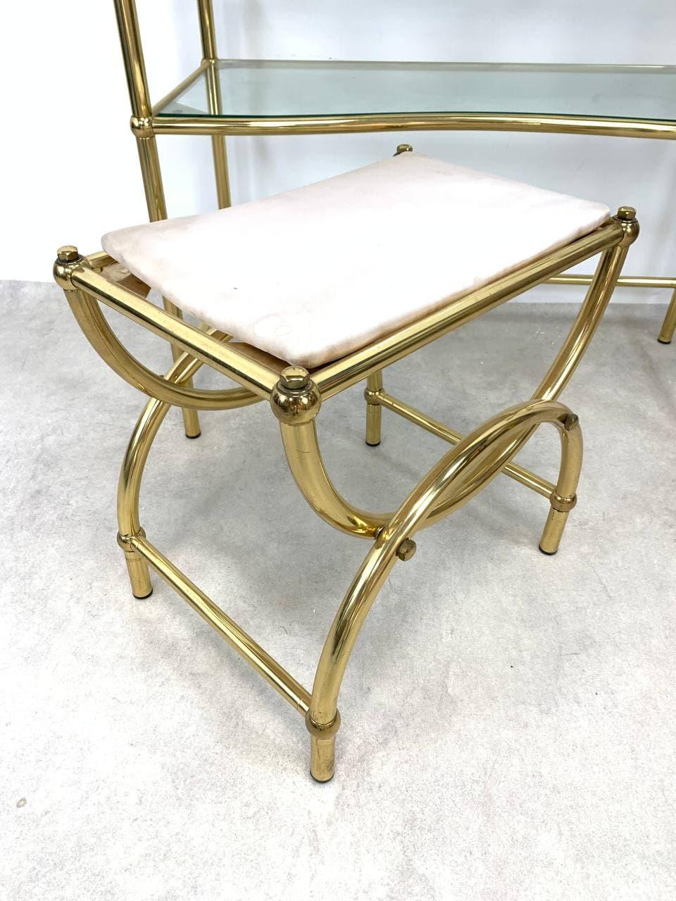Винтажный дамский столик с табуретом из латуни