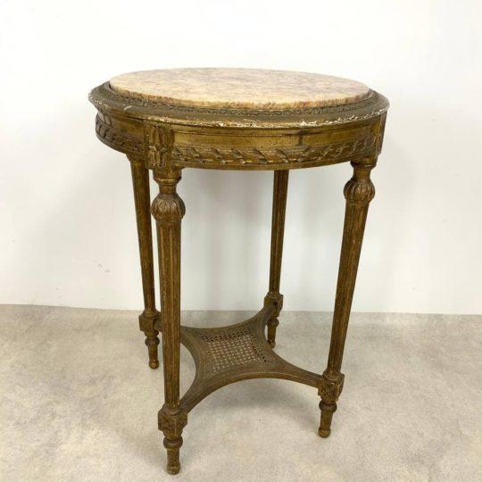 Антикварный круглый столик