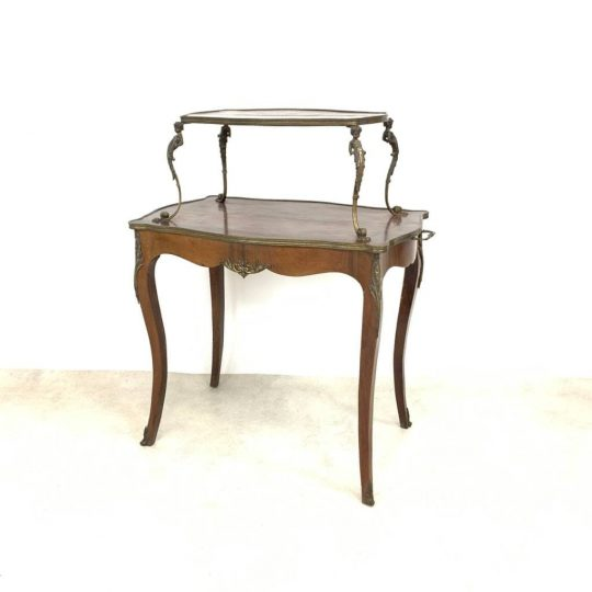 Антикварный двухъярусный столик
