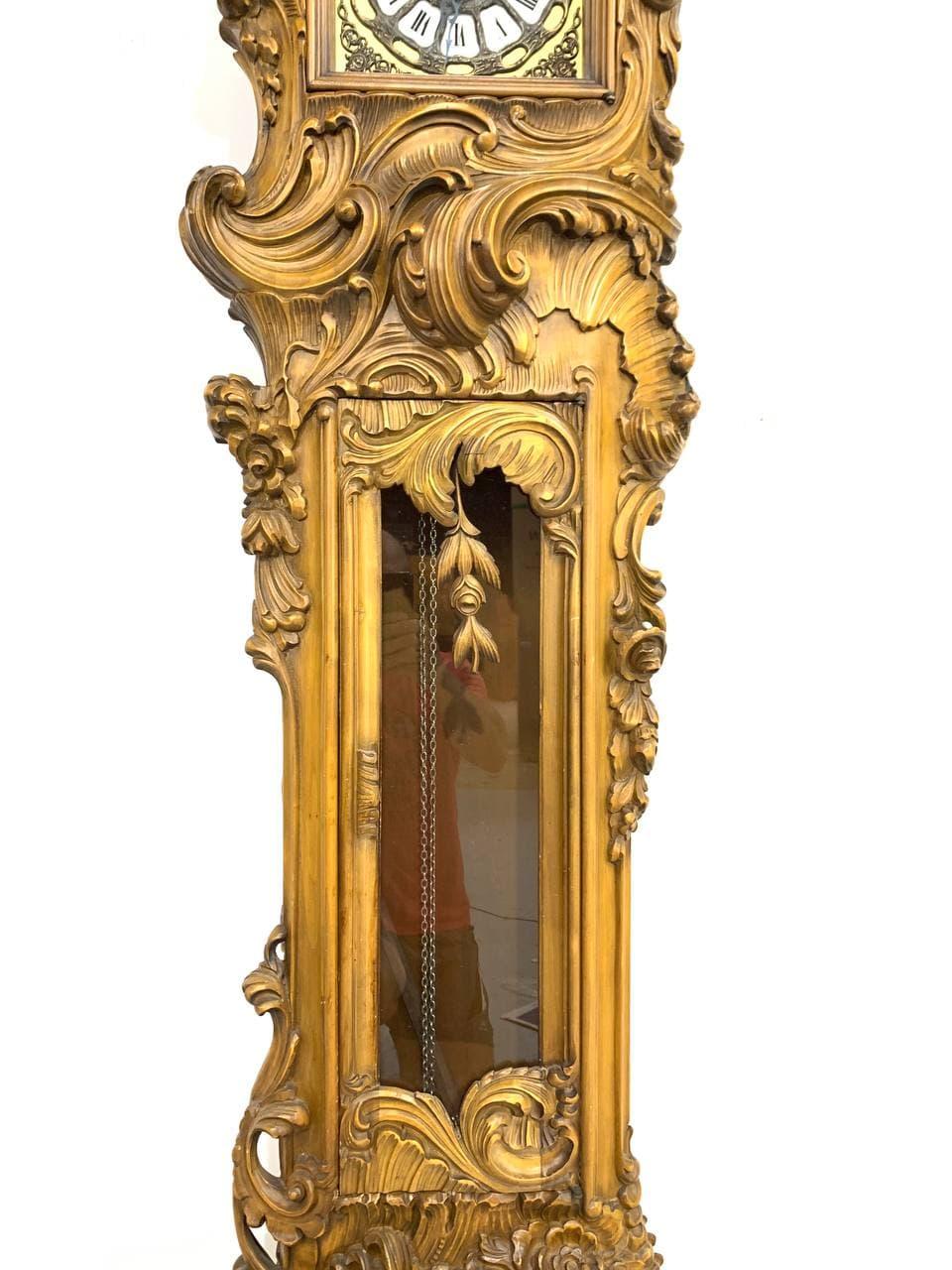 Винтажные напольные часы в стиле Барокко