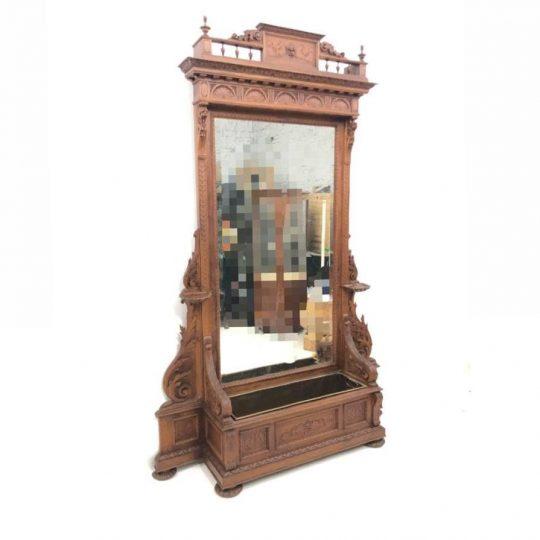 Антикварное напольное зеркало с кашпо