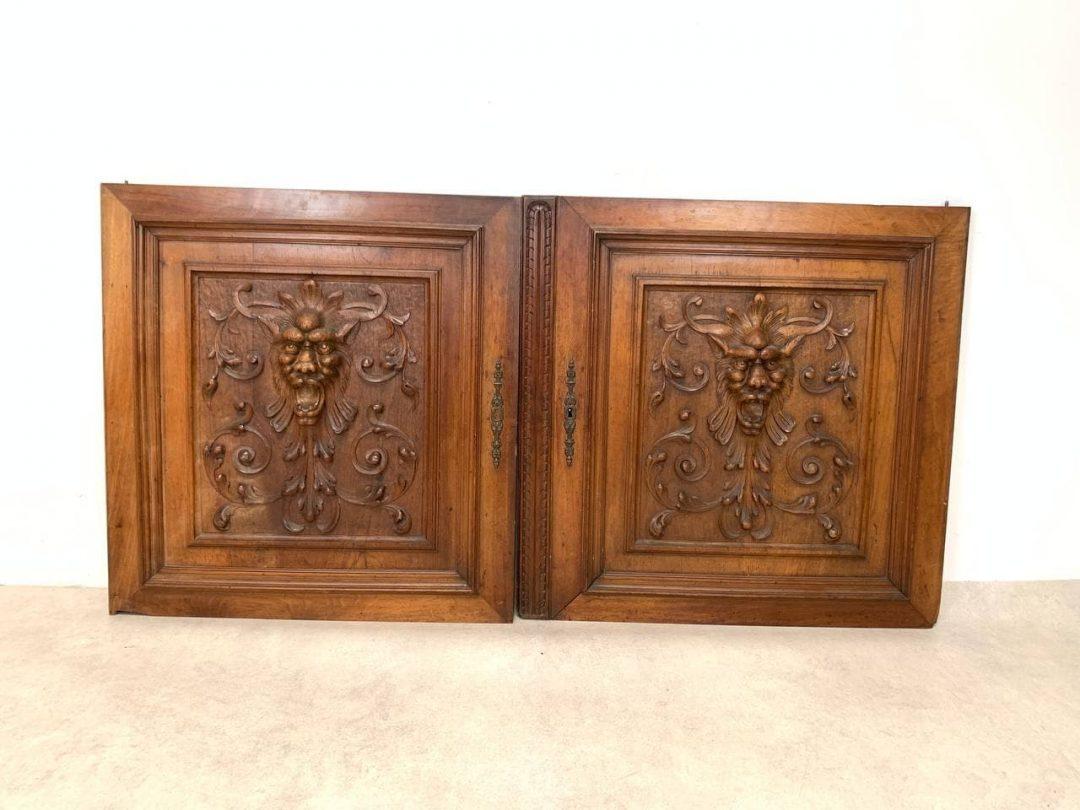 Антикварная пара дверных панно