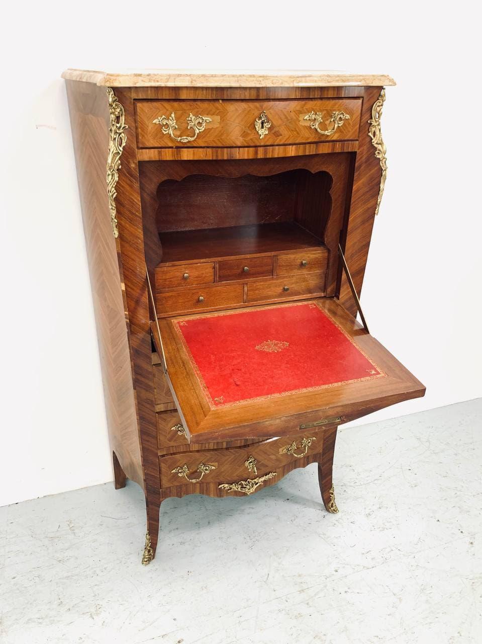 Винтажный секретер в стиле Людовика XV